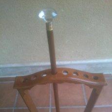Oggetti Antichi: ANTIGUO BASTON DE MADERA Y CRISTAL DE MURANO. Lote 262480745