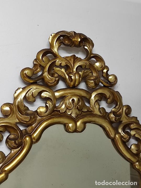 Antigüedades: Bonito Espejo Antiguo - Cornucopia en Madera Tallada y Dorada en Pan de Oro - Foto 13 - 262525340