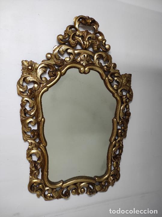 Antigüedades: Bonito Espejo Antiguo - Cornucopia en Madera Tallada y Dorada en Pan de Oro - Foto 20 - 262525340