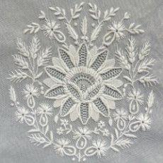 Oggetti Antichi: ANTIGUA PIEZA DE ENCAJE S.XIX. Lote 262596920