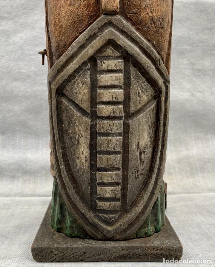 Antigüedades: Botellero o guarda botella de madera tallada antiguo - Foto 3 - 262642180