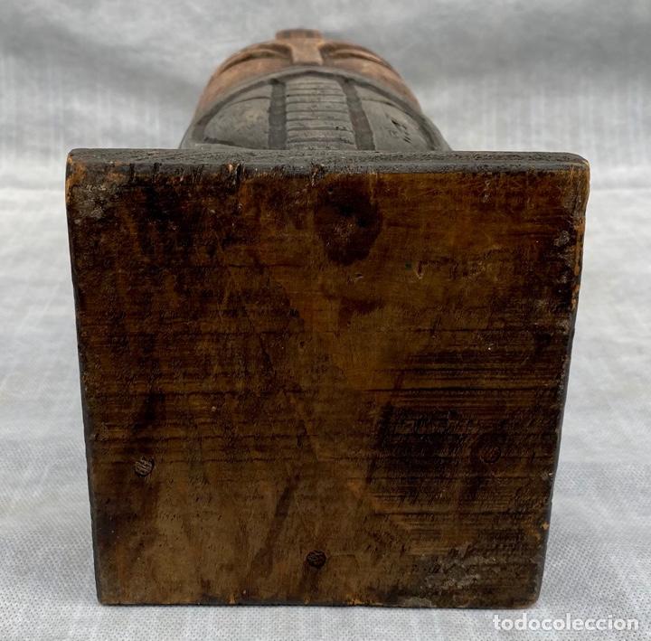 Antigüedades: Botellero o guarda botella de madera tallada antiguo - Foto 21 - 262642180
