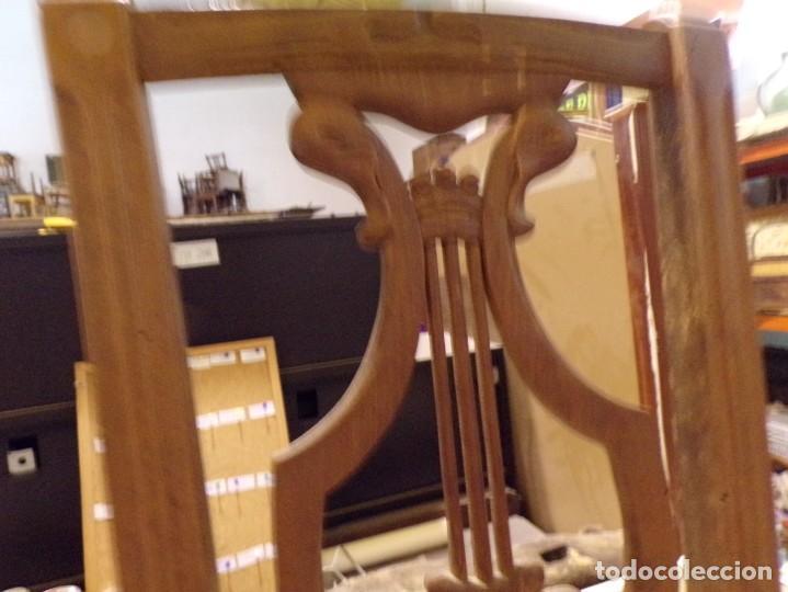 Antigüedades: bonita y decorativa silla para piano o musica con talla de madera - Foto 3 - 262698875