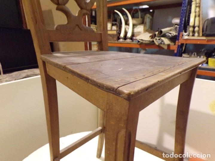 Antigüedades: bonita y decorativa silla para piano o musica con talla de madera - Foto 6 - 262698875