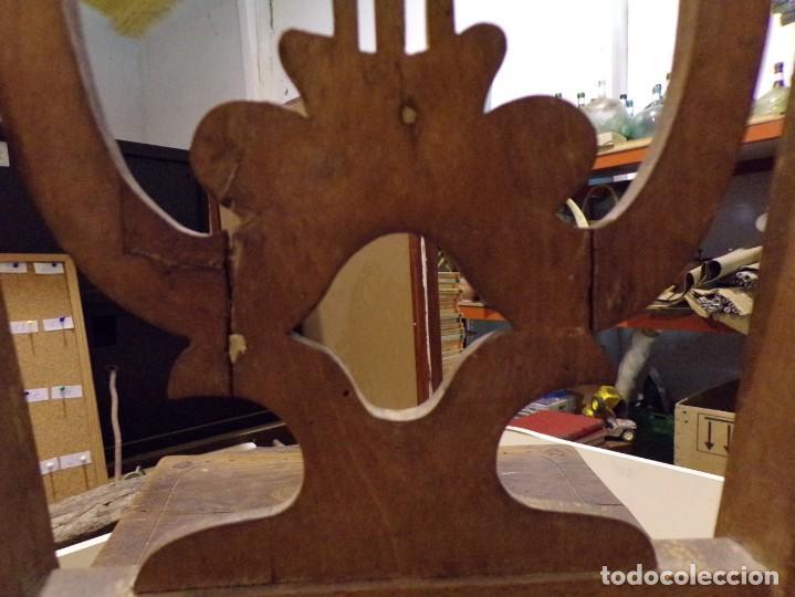 Antigüedades: bonita y decorativa silla para piano o musica con talla de madera - Foto 13 - 262698875