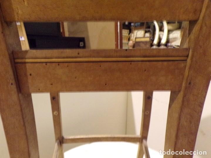 Antigüedades: bonita y decorativa silla para piano o musica con talla de madera - Foto 14 - 262698875