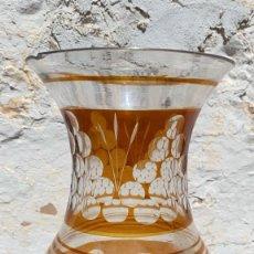 Antigüedades: FLORERO ANTIGUO DE VIDRIO DE 22 CMS. DE ALTURA X 13 CMS. DIAMETRO. Lote 262725560