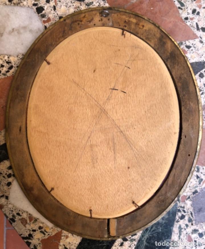 Antigüedades: ANTIGÜO ESPEJO OVALADO , MARCO EN METAL DORADO . - Foto 2 - 262738990
