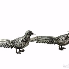 Antigüedades: PAREJA DE AVES EN PLATA. ESPAÑA CA 1920. 205GR EACH. SILVER BIRDS.. Lote 262757130