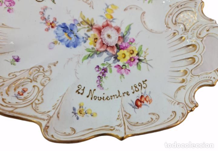 Antigüedades: Bandeja centro de mesa. 1895. Porcelana Dresden. 25x20x4.5cm - Foto 2 - 262793785