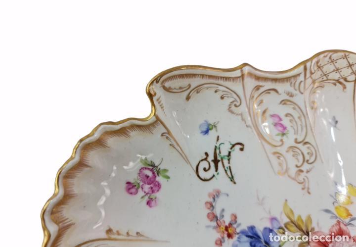 Antigüedades: Bandeja centro de mesa. 1895. Porcelana Dresden. 25x20x4.5cm - Foto 4 - 262793785