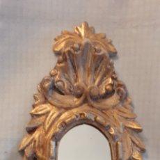 Antigüedades: MENSULA CON ESPEJO TALLADA EN MADERA, 61X27 CM.. Lote 262799275