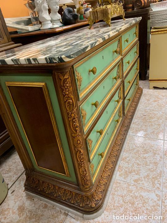 Antigüedades: Encantadora comoda o sifonier, policromada, con remate en talla de madera, por ebanista, y marmol. - Foto 7 - 262806570