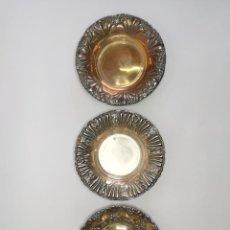 Antigüedades: LOTE DE ANTIGUAS BANDEJAS DE ALPACA SELLADAS. 25 CM.. Lote 262825130