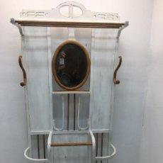 Antigüedades: ANTIGUO SOMBRERERO, BASTONERO, PARAGUERO CON ESPEJO CENTRAL - TODO RESTAURADO. Lote 262836445