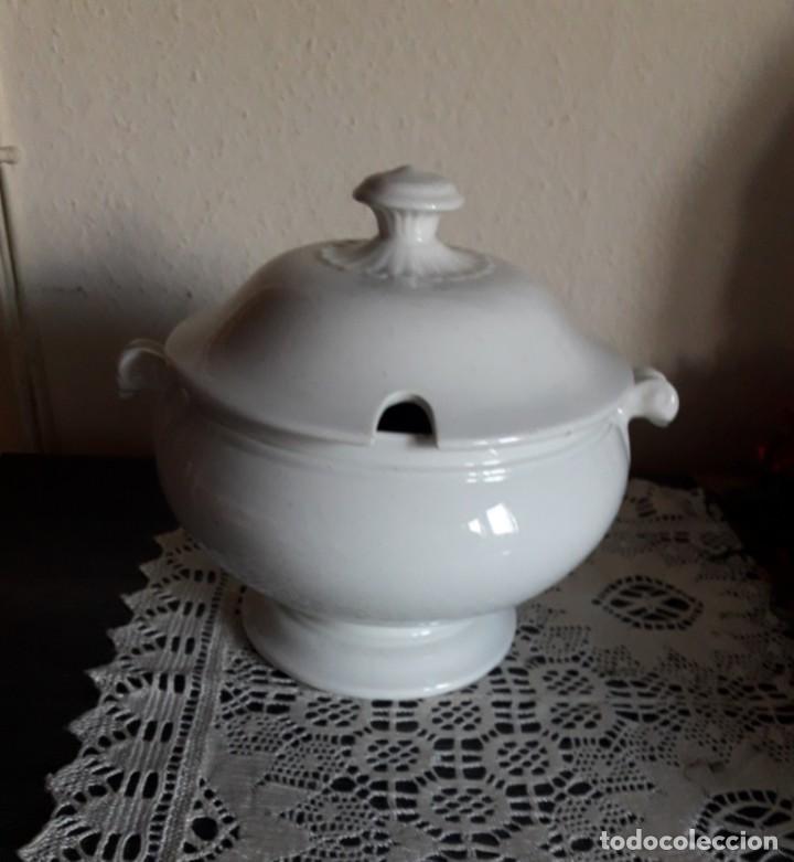SOPERA DE CERÁMICA PICKMAN (Antigüedades - Porcelanas y Cerámicas - La Cartuja Pickman)
