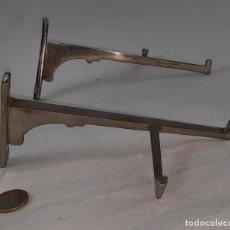 Antigüedades: ESCUADRAS DE HIERRO ART DECO AÑOS 20. Lote 262959270