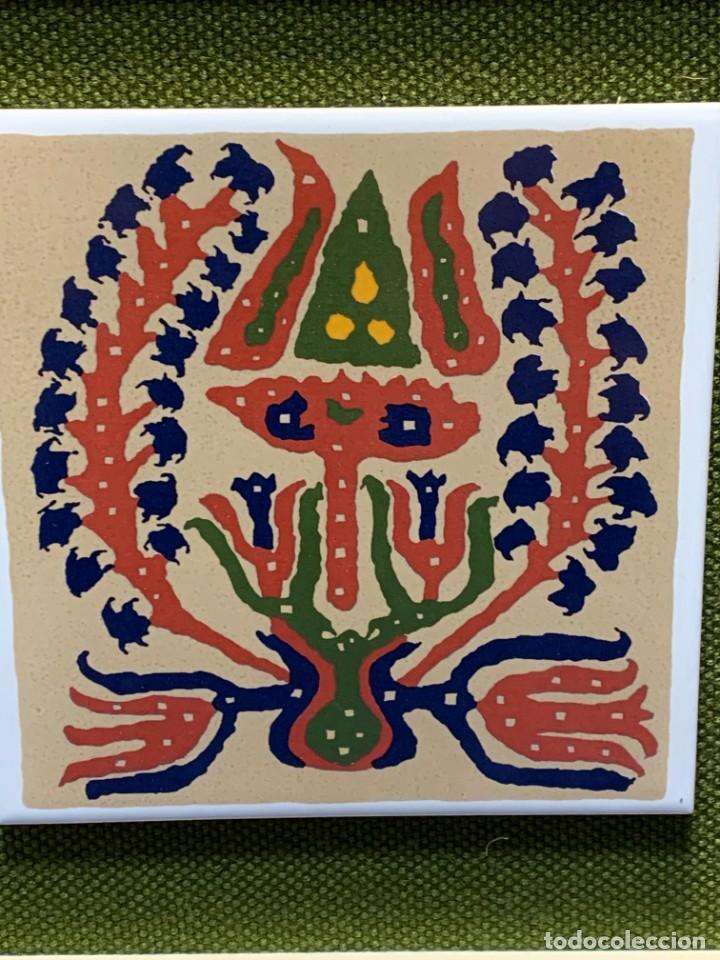 Antigüedades: TRES AZULEJOS DISEÑO DECORATIVOS IMPRESOS SERIGRAFIA MOTIVOS VEGETALES MACARRON ENMARCADOR 61X25CMS - Foto 2 - 262966795