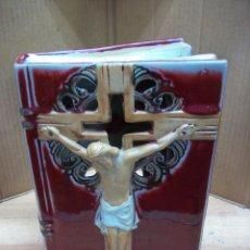 Antigüedades: LIBRO CON CRISTO PARA ILUMINARLO. Lote 262967430