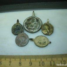 Antigüedades: LOTE DE 5 MEDALLAS PARA LIMPIAR Y CATALOGAR (ELCOFREDELABUELO). Lote 263000560