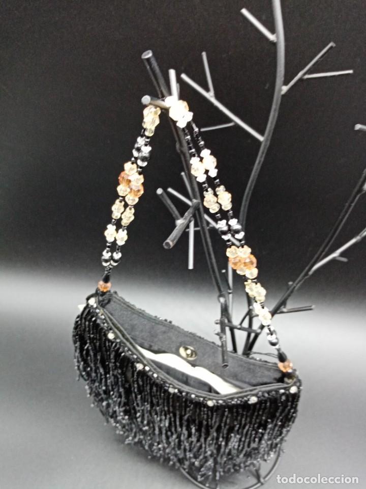 Antigüedades: Bolso negro con abalorios - Foto 3 - 263019690