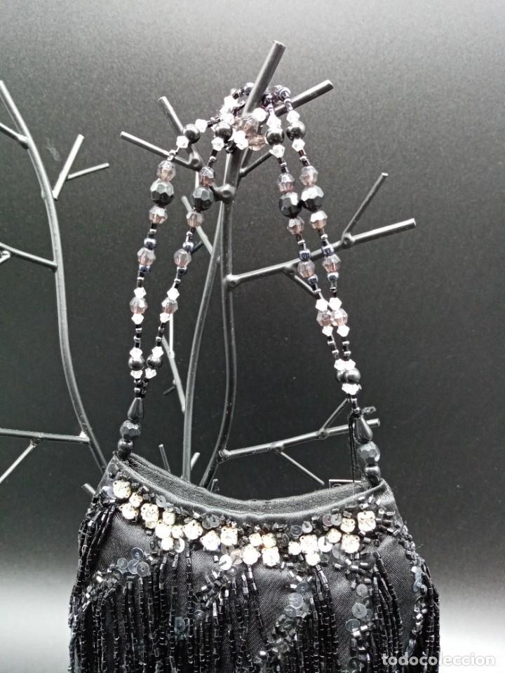 Antigüedades: Bolso negro con abalorios - Foto 2 - 263020080