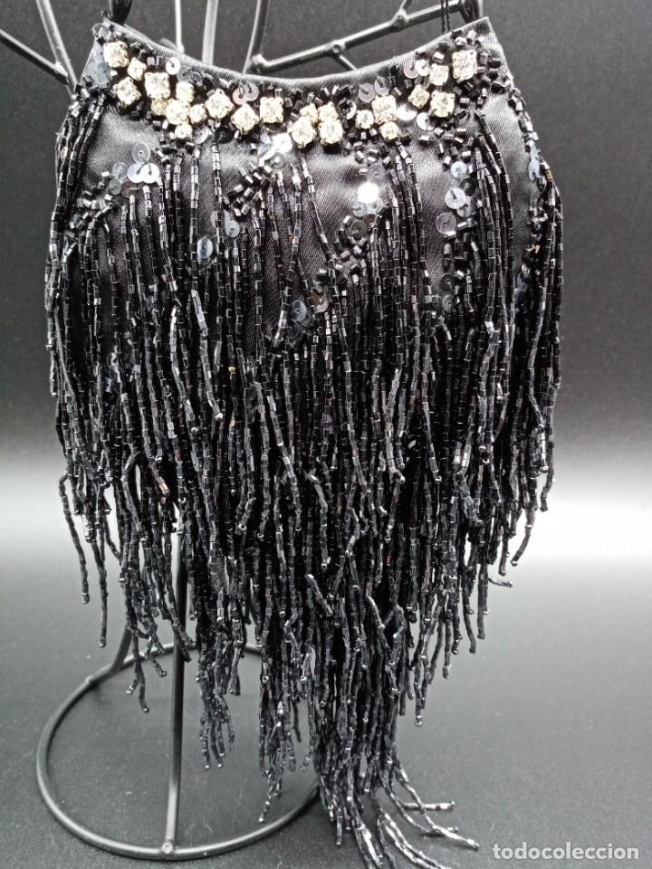 Antigüedades: Bolso negro con abalorios - Foto 4 - 263020080