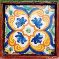 Antigüedades: IMPORTANTE AZULEJO VALENCIANO DE ARISTA - SIGLO XVI - MARCO CON EPOCA. Lote 263072945