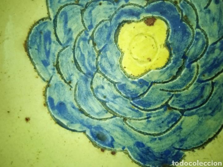 Antigüedades: Un plato hondo pequeño muy antiguo .está firmado - Foto 6 - 263076280