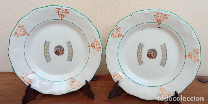 ESCASA PAREJA DE ANTIGUOS PLATOS DE LOZA PORCELANA SAN JUAN, MIDEN 24 CM DIÁMETRO. (Antigüedades - Porcelanas y Cerámicas - San Juan de Aznalfarache)
