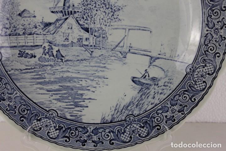Antigüedades: Plato de cerámica con sello Delfts by Boch de mediados del siglo XX - Foto 3 - 263231105