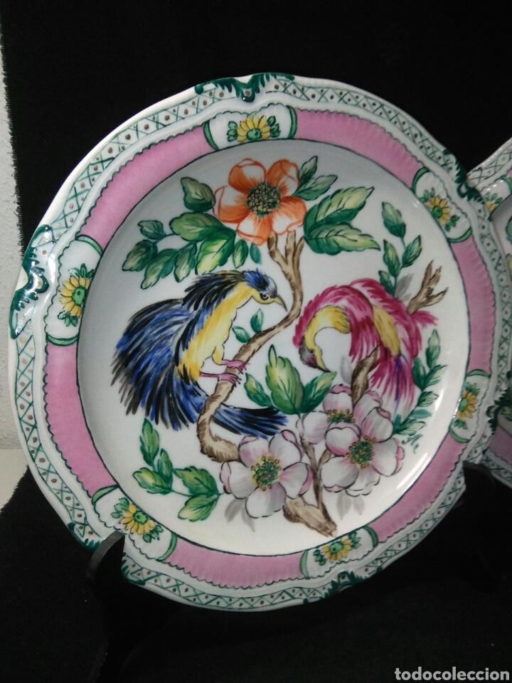 Antigüedades: Precioso platos principios de siglo XX ,ceramica pintado a mano ,esmaltes de colores - Foto 2 - 263265270