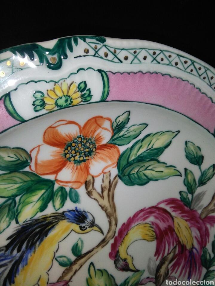 Antigüedades: Precioso platos principios de siglo XX ,ceramica pintado a mano ,esmaltes de colores - Foto 8 - 263265270