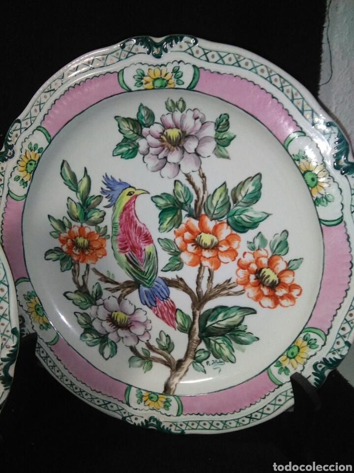 Antigüedades: Precioso platos principios de siglo XX ,ceramica pintado a mano ,esmaltes de colores - Foto 9 - 263265270