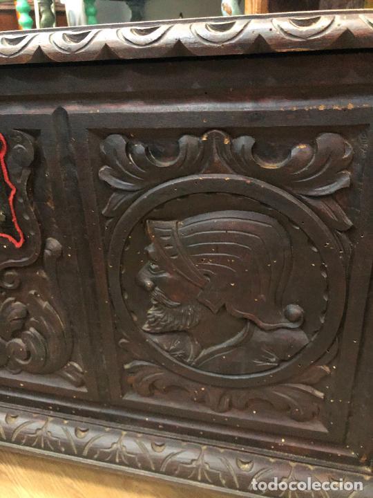 Antigüedades: ANTIGUO ARCON CASTELLANO DE MADERA TALLADA - MEDIDA TOTAL 99X50X55,5 CM - Foto 20 - 263542355