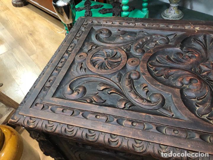 Antigüedades: ANTIGUO ARCON CASTELLANO DE MADERA TALLADA - MEDIDA TOTAL 99X50X55,5 CM - Foto 27 - 263542355