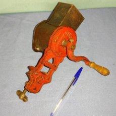 Antigüedades: ANTIGUA PICADORA ELMA HIERRO 1430 B. Lote 263556020
