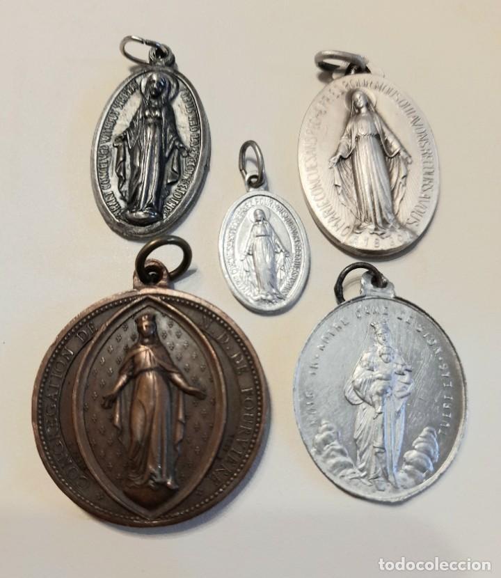 5 MEDALLAS RELIGIOSAS VIRGEN. VER FOTOGRAFÍAS DE DETALLE. BONITAS! (Antigüedades - Religiosas - Medallas Antiguas)