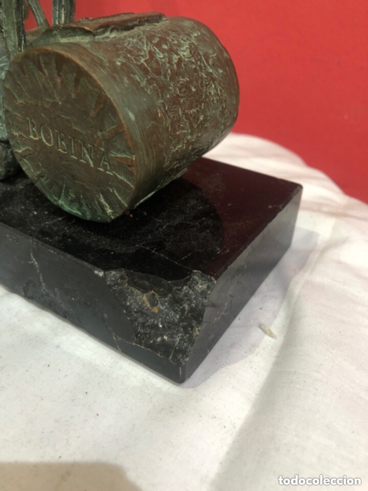 Antigüedades: Figura bronce con base de mármol bombína - Foto 6 - 263684960