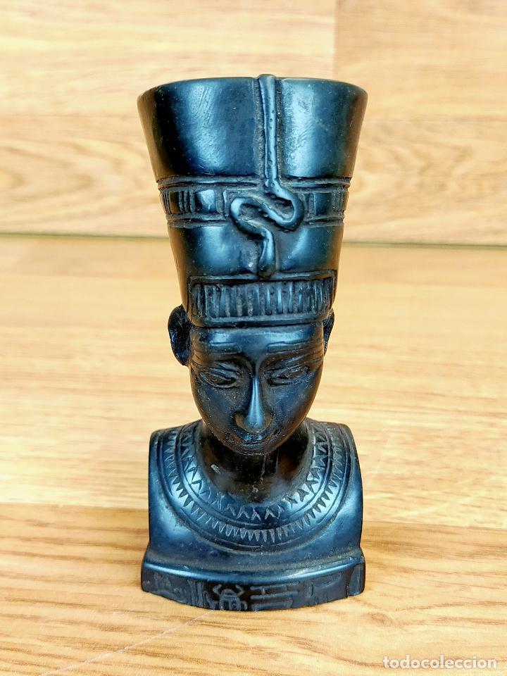 ESCULTURA EGIPCIA EN METAL BRONCE O SIMILAR (Antigüedades - Hogar y Decoración - Figuras Antiguas)