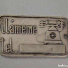 Antigüedades: ANTIGUO Y PRECIOSO COLGANTE EN PLATA - PARA MARCAR EL TELEFONO, EL RH Y GRUPO SANGUINEO - EMERGENCIA. Lote 263780715