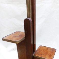 Antigüedades: SUPER LAMPARA MESA ART DECO ANTIGUA ORIGINAL MADERA Y BRONCE EXTENSIBLE MAS DE 2 METROS DE ALTURA!. Lote 263791000