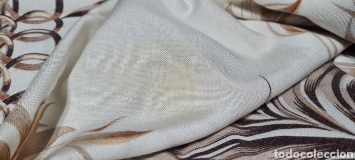 Antigüedades: Precioso Mantel con seis servilletas con motivos florales. - Foto 10 - 263883365