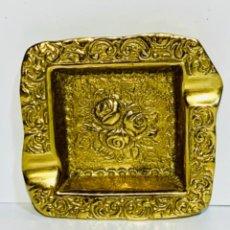Antigüedades: ANTIGUO CENICERO LATÓN MACIZO. ART MESTRES, BRASIL. GRABADO Y SELLADO. AÑOS 60/70. ALTA CALIDAD.. Lote 263887880