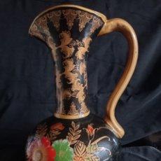 Antigüedades: JARRON DE CERAMICA / DE CORTE ORIENTAL / PINTADO A MANO / ANTIGUO PERO BIEN CONSERVADO.. Lote 263887930