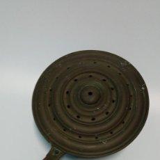 Antigüedades: CALENTADOR CAMA ANTIGUO. Lote 264165264