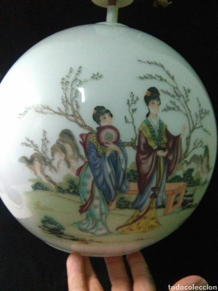 Antigüedades: Antigua lampara de cristal opalina ,de carácter oriental , globular - Foto 5 - 264167232