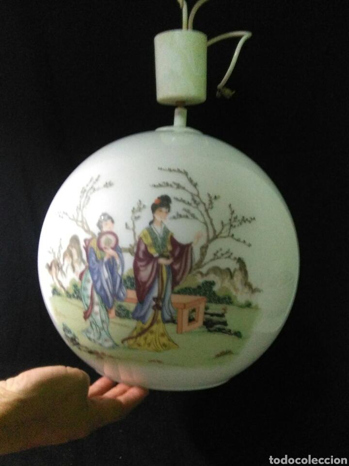 Antigüedades: Antigua lampara de cristal opalina ,de carácter oriental , globular - Foto 6 - 264167232