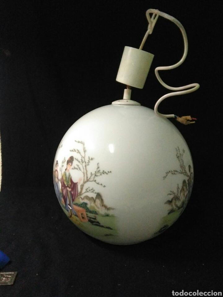 Antigüedades: Antigua lampara de cristal opalina ,de carácter oriental , globular - Foto 11 - 264167232