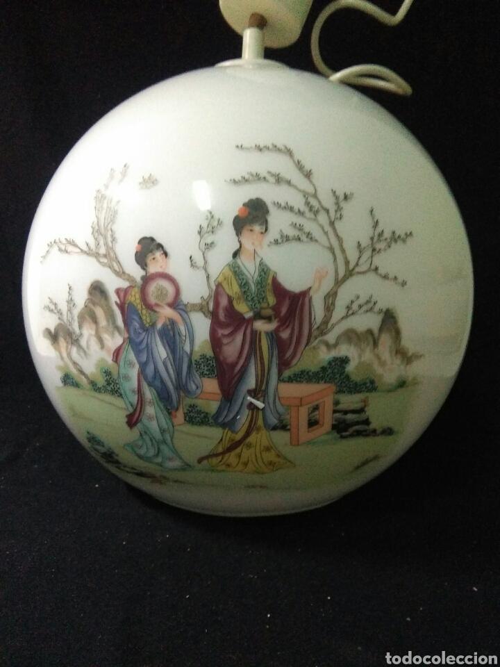 Antigüedades: Antigua lampara de cristal opalina ,de carácter oriental , globular - Foto 12 - 264167232